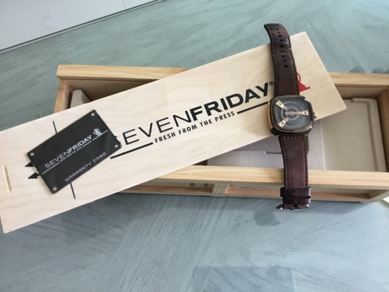 Reloj Seven Friday M2 2 Caja Oro Rosado Automático.