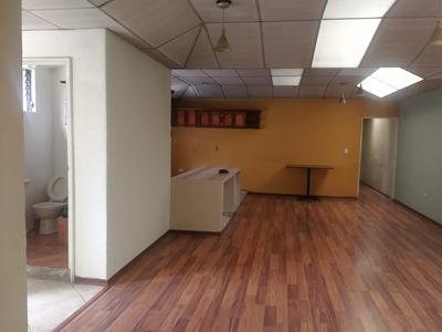 Departamento Arriendo 3 Dormitorios, 2 Baños, Sala, Cocina