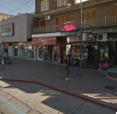 Alquilo Local Comercial En Pleno Centro De Virreyes