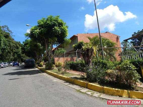Townhouses En Venta 18-12705 Adriana Di Prisco 04143391178