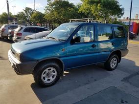 Nissan Terrano 4x4 Mt 2.4 12v - Nafta + Gnc 24mts -