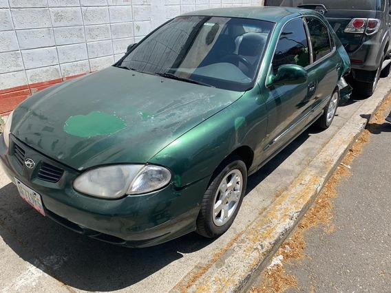 Hyundai Elantra 1998 Chocado