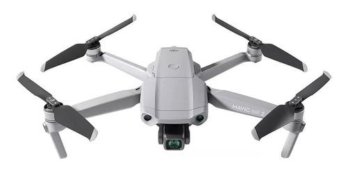 Imagen 1 de 7 de Drone DJI Mavic Air 2 DRDJI016 Fly More Combo con cámara 4K gris