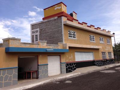Casa Habitacion Con Local Comercial En Ario De Rayón Zamor