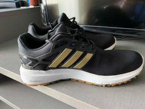 Tênis adidas Tam. 40