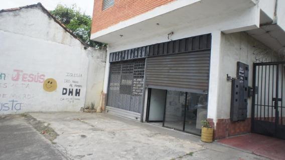 Local En Alquiler Centro Barquisimeto 20-2699 Jcg