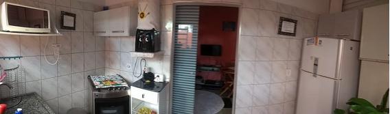 Casa Com 5 Comodos E 1 Banheiro
