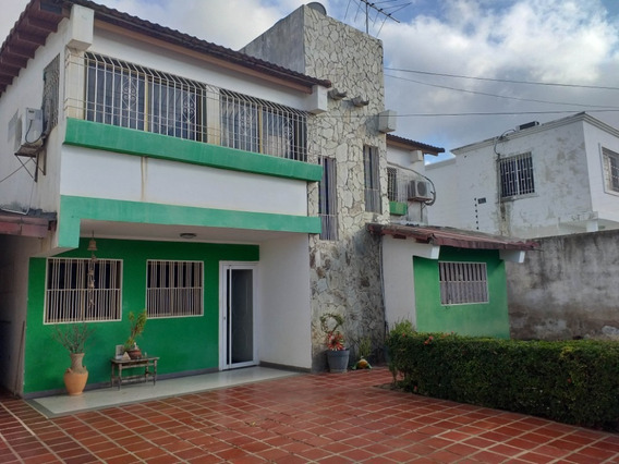04126887776 # 20-5471 Casa En Venta Coro Parc Santa Ana