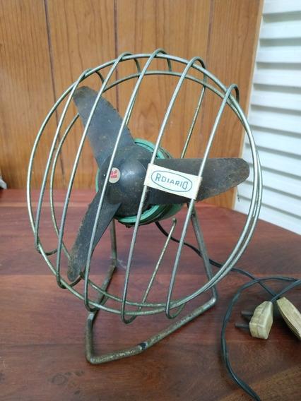 Ventilador De Mesa Antiguo. Funciona Perfecto.