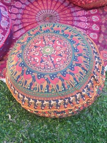 Imagen 1 de 10 de Puff Almohadon Zafu Hindú Grande  83 X 25 Cm Con Pompones