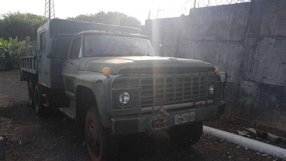 Caminhão Militar Ford F-600 6x6