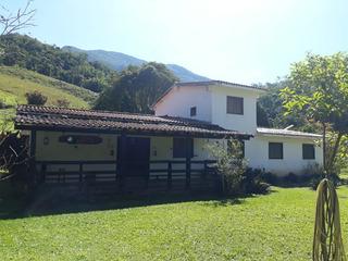 Fazenda Com 418 Hectares Em Santa Rita De Jacutinga, Casa Sede Boa Com 07 Quartos, Cachoeira Na Fazenda, Muita Mata E Pasto Formado. - 311