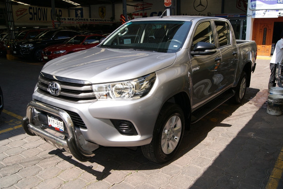 Toyota Hilux Sr 2017. 5 Vel, A/c, Cd, Ra 17 . Mot L4 2.7 Lts