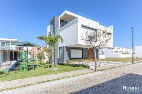 Casa En Renta En Parque Zacatecas En Lomas De Angelópolis