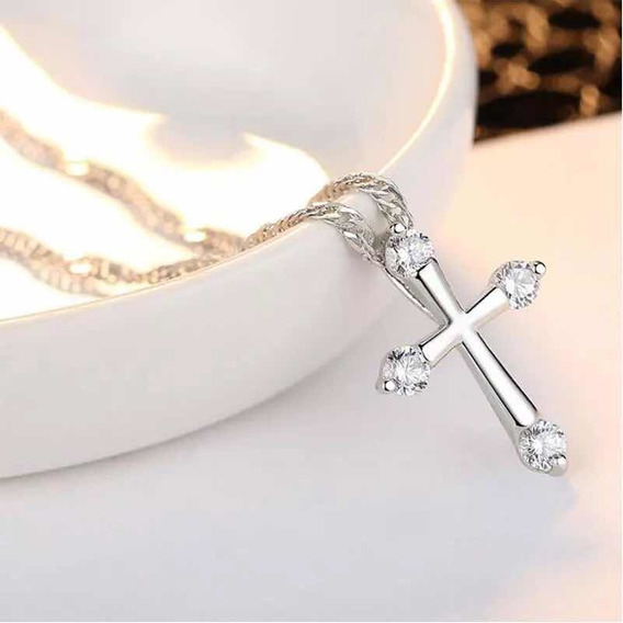 Collar Crucifijo Amor Cruz Swarovski Eements