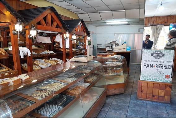 Venta Local Con Panaderia+3 Dptos + 2 Locales Cba