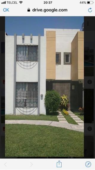 Casa De 2 Recamaras En Condominio Con Alberca