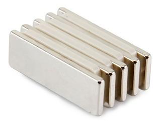 Imã De Neodímio / Super Forte / 40mm X 9mm X 2mm * 4 Peças
