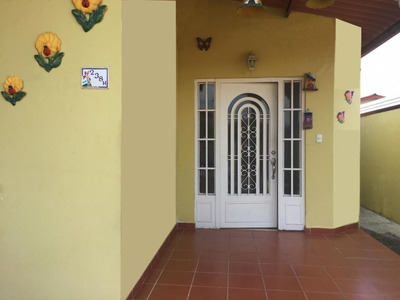 Vendo Casa #19-3038 **hh** En Brisas Del Golf