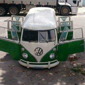 Volkswagen Kombi 6 Portas