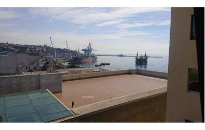 Se Venden 2 Excelentes Oficinas Sector Céntrico Valparaíso.