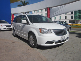 Chrysler Town & Country 3.6 Touring At Carflex Cun 21003931