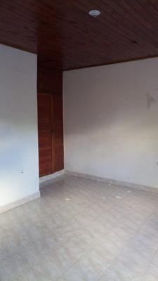 Arriendo Casa En El B/ Balboa- Montería