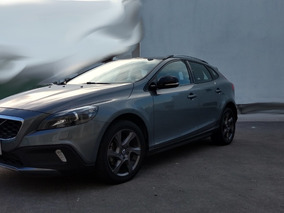 Volvo V40 1.6 Momentum T4 Cross Country At 2015
