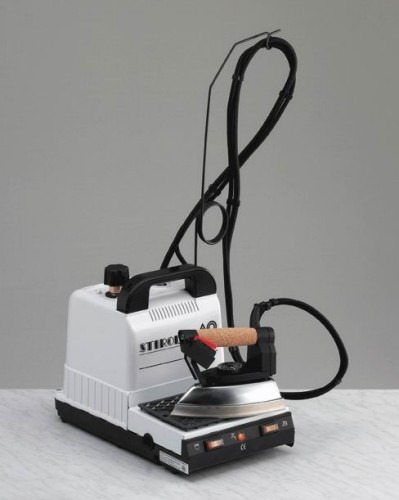 Mini Caldeira C Ferro ,4 Lt,autonomia De 5 A 6 Horas- 220v