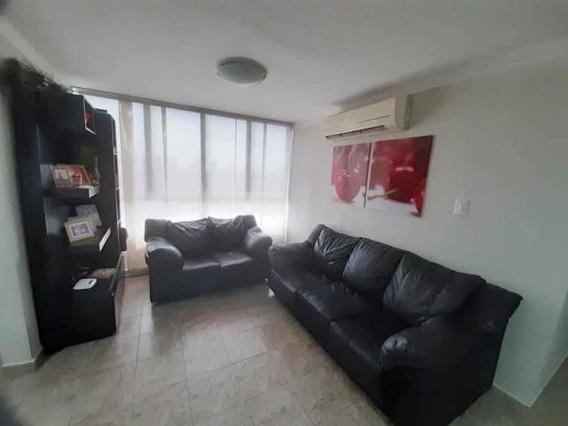 Venta De Apartamento Maracay En Urb Bosque Alto 20-17176 Mv