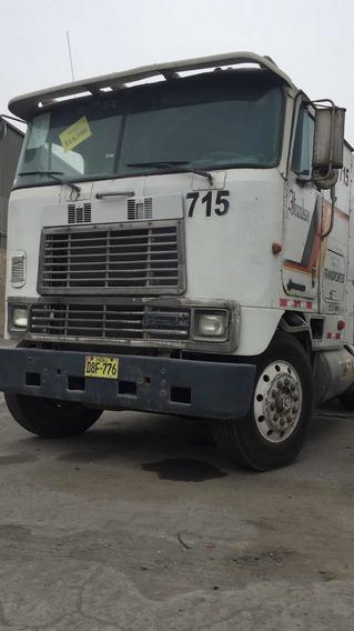 Iveco Camión Cisterna 4,500 Glns Como Nuevo