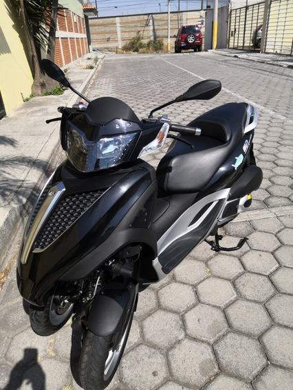 Vespa Yourban Mp3 300 Cc