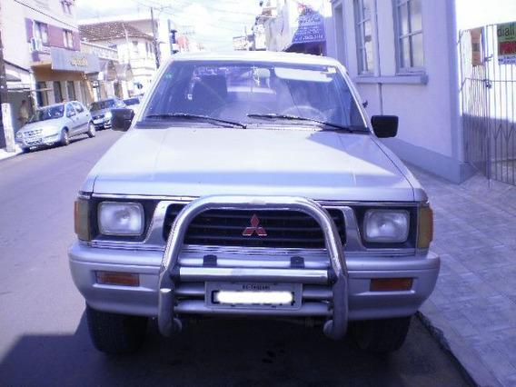 Caminhonete Mitsubishi L200 4x4 Diesel Prata 1997