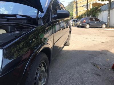 Corsa Sedan 1.0 Gasolina