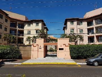 Apartamentos - Ref: 11922