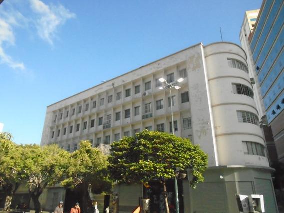 Oficina El Alquiler 147 M2, Las Delicias Sabana Grande