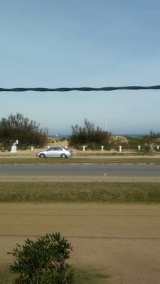 Esquina En La Rambla..frente Al Mar.dueño Vende