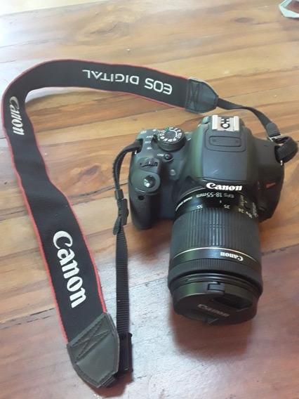 Câmera Canon T5i + Lente Canon 18-55mm