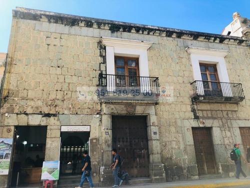 Espectacular Casona En Venta Ubicada En El Centro Histórico A Media Cuadra Del Zócalo