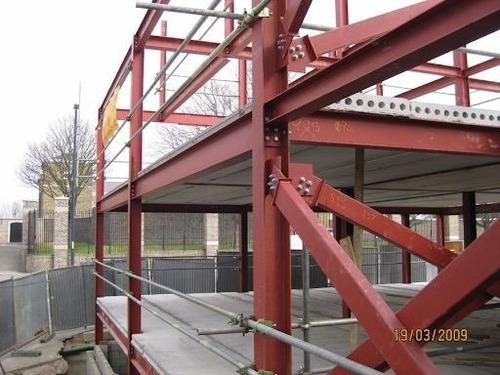 Estrutura Metalica E Serralheria 12x