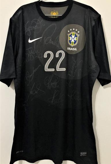 Camisa Brasil Usada Jogo 2013 Autografada 10 Jogadores