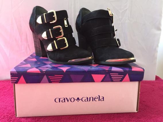 Sapato Cravo & Canela Summer Boots 3 Fivelas Preto