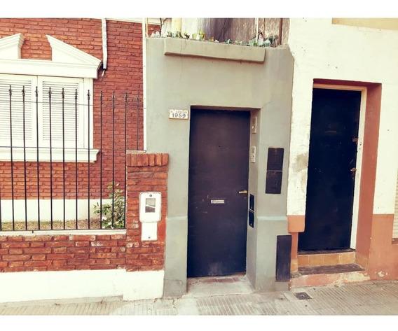 Casa Interna Venta Dos Dormitorios Rosario