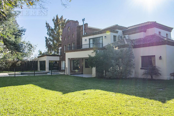 Importante Casa En Venta Y Alquiler En Ayres De Pilar