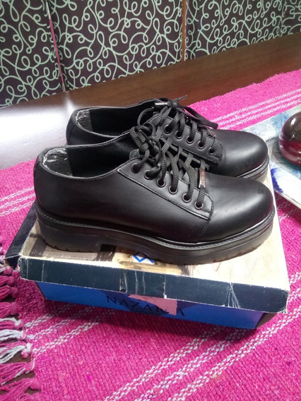 Abotinado Plataforma Zapato Negro Nazaria