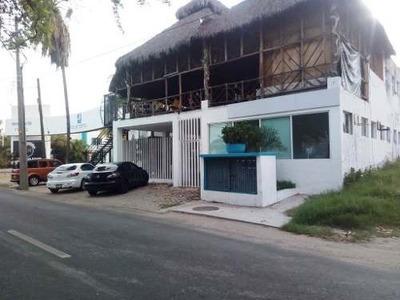 Local Plaza Comercial En Renta, Manzanillo, Colima