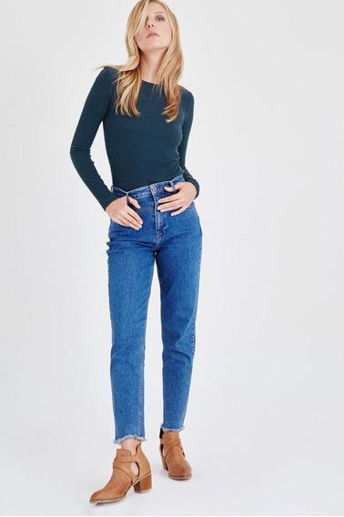 Calças (feminino) Blue High Rise Mom Jean