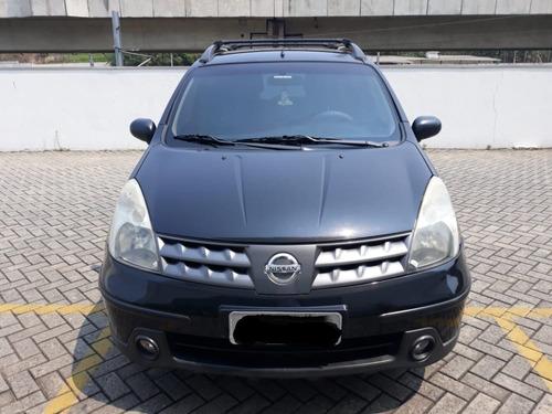 Imagem 1 de 7 de Nissan Livina