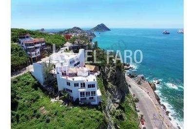Lujosa Casa En Venta En Cerro De La Neveria, Espectacular Vista De Mazatlan!