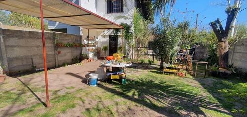Imagen 1 de 17 de Casa Venta  2 Dormitorios , 2 Baños Y Lote 10 X 25 Mts -apta Banco- City Bell